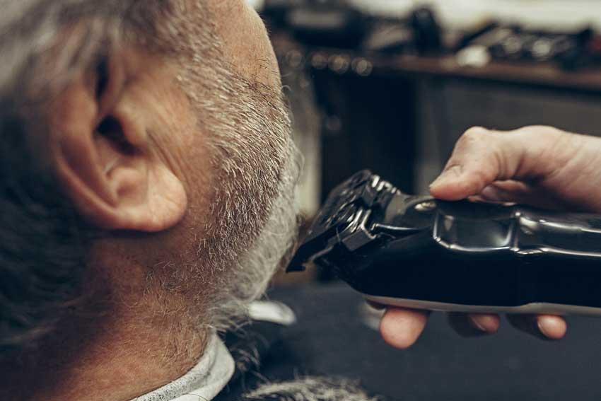 bien-choisir-sa-tondeuse-a-barbe-chez-mab